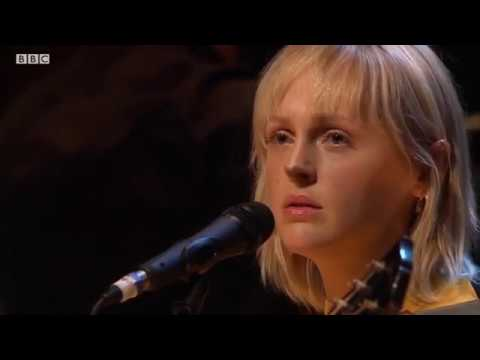 "Laura Marling & the BBC Scottish Symphony Orchestra, Glasgow Royal Concert Hall ""Suite"""